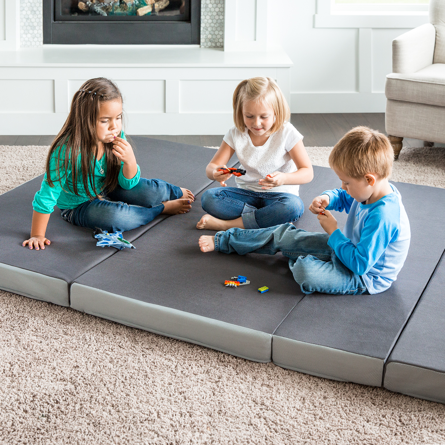 4 quot folding foam mattress sofa style floor chair by lucid